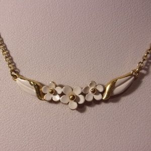 Accents By Hallmark White Flower Choker Necklace